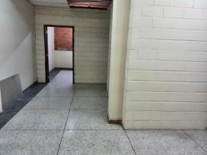 Edificio En Venta En Maracay - La Barraca Código FLEX: 19-3063 No.4