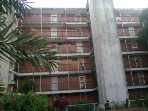 Apartamento En Venta En Maracay - Parque Aragua Código FLEX: 19-3066 No.1