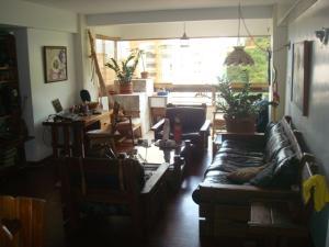 Apartamento En Venta En Caracas - Colinas de Santa Monica Código FLEX: 19-3161 No.4