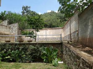 Casa En Venta En Maracay - Lomas de Palmarito Código FLEX: 19-3484 No.7