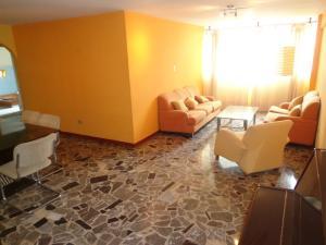 Apartamento En Venta En Caracas - El Paraiso Código FLEX: 19-3586 No.1