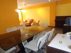 Apartamento En Venta En Caracas - El Paraiso Código FLEX: 19-3586 No.5