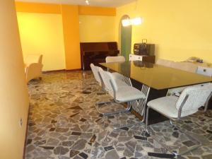 Apartamento En Venta En Caracas - El Paraiso Código FLEX: 19-3586 No.6
