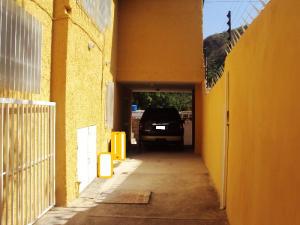 Casa En Venta En Maracay - El Castano (Zona Privada) Código FLEX: 19-3624 No.11