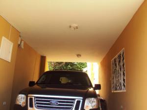 Casa En Venta En Maracay - El Castano (Zona Privada) Código FLEX: 19-3624 No.12