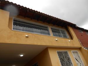 Casa En Venta En Maracay - El Castano (Zona Privada) Código FLEX: 19-3624 No.16