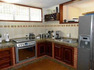 Casa En Venta En Maracay - El Castano (Zona Privada) Código FLEX: 19-3624 No.3