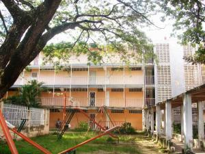 Apartamento En Venta En Maracay - Cana de Azucar Código FLEX: 19-3705 No.1