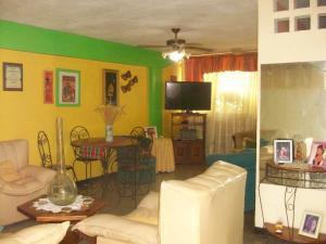 Apartamento En Venta En Maracay - Cana de Azucar Código FLEX: 19-3705 No.4