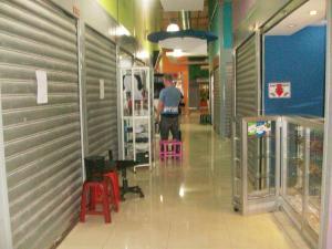 Local Comercial En Venta En Maracay - Avenida Bolivar Código FLEX: 19-3763 No.14