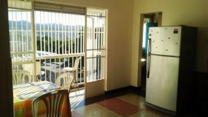 Apartamento En Venta En Caracas - La Carlota Código FLEX: 19-3891 No.2