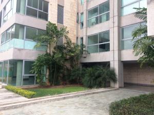 Apartamento En Alquiler En Caracas - Lomas del Sol Código FLEX: 19-3900 No.2