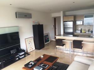 Apartamento En Alquiler En Caracas - Lomas del Sol Código FLEX: 19-3900 No.10