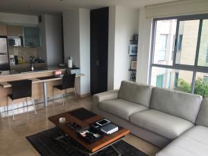 Apartamento En Alquiler En Caracas - Lomas del Sol Código FLEX: 19-3900 No.11