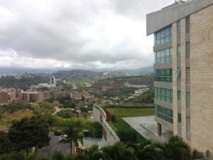Apartamento En Alquiler En Caracas - Lomas del Sol Código FLEX: 19-3900 No.13