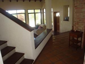 Casa En Venta En Caracas - Parque Oripoto Código FLEX: 19-4056 No.1