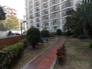 Apartamento En Venta En Caracas - El Paraiso Código FLEX: 19-4058 No.4