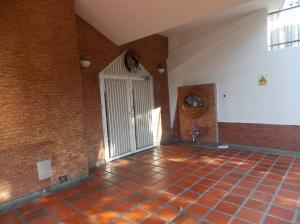Apartamento En Venta En Caracas - El Paraiso Código FLEX: 19-4058 No.8