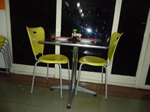 Negocio o Empresa En Venta En Caracas - Chacao Código FLEX: 19-4089 No.3