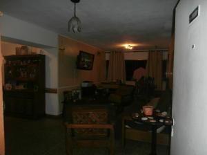 Apartamento En Venta En Caracas - Parroquia Santa Rosalia Código FLEX: 19-4122 No.3