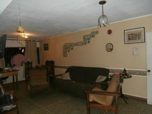 Apartamento En Venta En Caracas - Parroquia Santa Rosalia Código FLEX: 19-4122 No.4