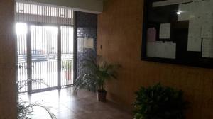 Apartamento En Venta En Maracay En El Centro - Código: 19-4135