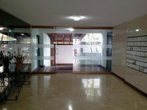 Apartamento En Venta En Caracas - Guaicay Código FLEX: 19-4156 No.1
