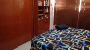 Apartamento En Venta En Caracas - Guaicay Código FLEX: 19-4156 No.5