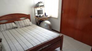 Apartamento En Venta En Caracas - Guaicay Código FLEX: 19-4156 No.7