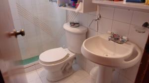 Apartamento En Venta En Caracas - Guaicay Código FLEX: 19-4156 No.9