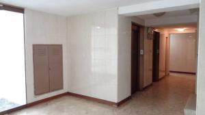 Apartamento En Venta En Caracas - Guaicay Código FLEX: 19-4156 No.16