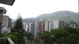 Apartamento En Venta En Caracas - La Florida Código FLEX: 19-4161 No.2