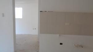 Apartamento En Venta En Caracas - Los Naranjos Humboldt Código FLEX: 19-4295 No.2