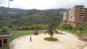 Apartamento En Venta En Caracas - Los Naranjos Humboldt Código FLEX: 19-4295 No.10