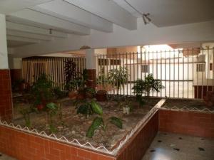 En Venta En Caracas - Parroquia La Candelaria Código FLEX: 19-4303 No.1
