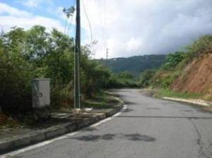 Terreno En Venta En Caracas - Bosques de la Lagunita Código FLEX: 19-4364 No.1