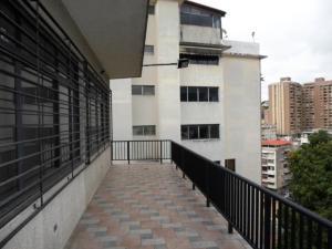 En Venta En Caracas - Colinas de Bello Monte Código FLEX: 19-4370 No.9