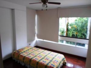Apartamento En Venta En Caracas En La Castellana - Código: 19-4389