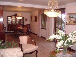 Casa En Venta En Caracas - Colinas de Bello Monte Código FLEX: 19-4418 No.5