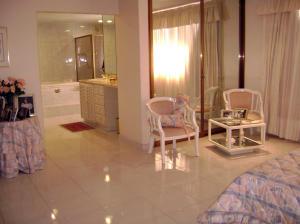 Casa En Venta En Caracas - Colinas de Bello Monte Código FLEX: 19-4418 No.11