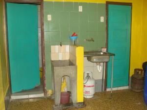 Casa En Venta En Caracas - Parroquia Altagracia Código FLEX: 19-4460 No.4