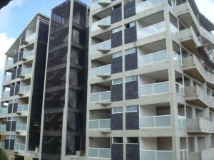 Apartamento En Venta En Caracas - El Hatillo Código FLEX: 19-4467 No.0