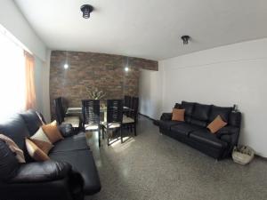 Apartamento En Venta En Caracas - Catia Código FLEX: 19-4538 No.2