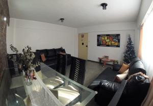 Apartamento En Venta En Caracas - Catia Código FLEX: 19-4538 No.4