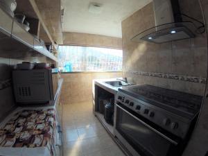 Apartamento En Venta En Caracas - Catia Código FLEX: 19-4538 No.5