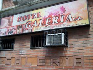 Negocio o Empresa En Venta En Maracay - Avenida Bolivar Código FLEX: 19-4661 No.0