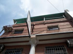 Negocio o Empresa En Venta En Maracay - Avenida Bolivar Código FLEX: 19-4661 No.1