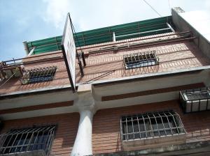 Negocio o Empresa En Venta En Maracay - Avenida Bolivar Código FLEX: 19-4661 No.2