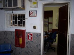 Negocio o Empresa En Venta En Maracay - Avenida Bolivar Código FLEX: 19-4661 No.5