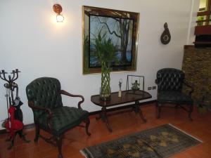 Casa En Venta En Caracas - El Marques Código FLEX: 19-4666 No.3